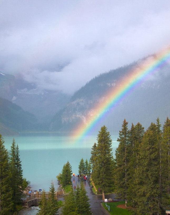 30 de fotografii superbe ale lacului Louise - Poza 27