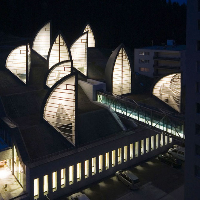 Spa ultra-modern integrat in peisajul Alpilor