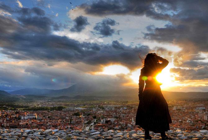 Blerta Zabergja e Alice in Kosovo, la inaltime - Poza 3