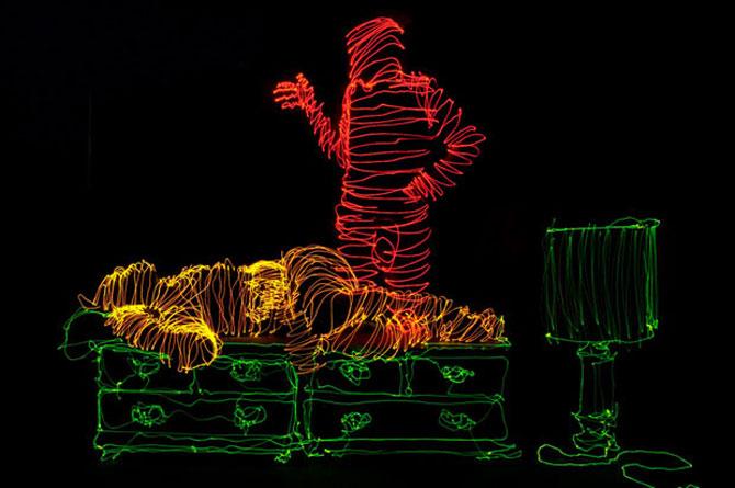 Brian Matthew Hart picteaza cu lumina - Poza 13