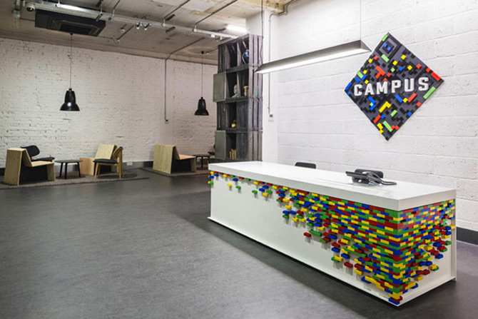 La joaca, la cursuri, la Campusul Google din Londra - Poza 2