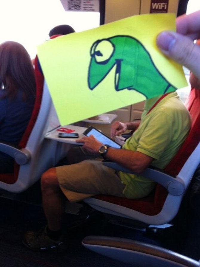 Caricaturi la metrou, de October Jones - Poza 2
