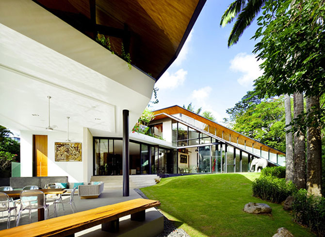 Casa inaripata din Singapore - Poza 4