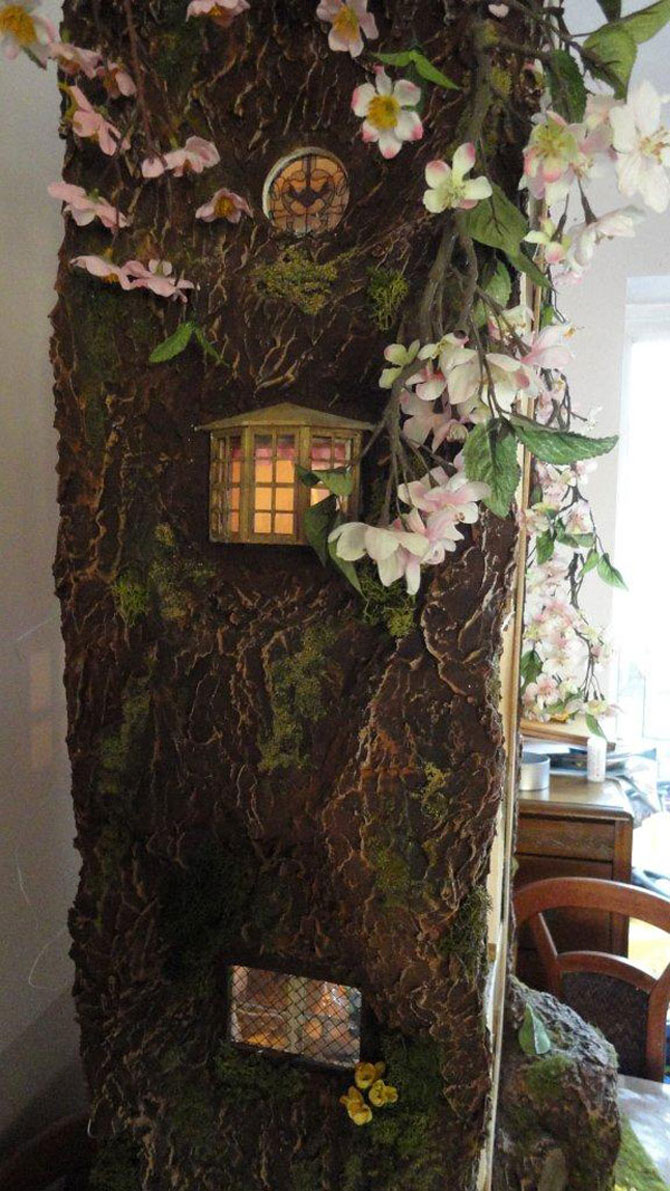 Casa-miniatura in copac, de Maddie Brindley - Poza 2