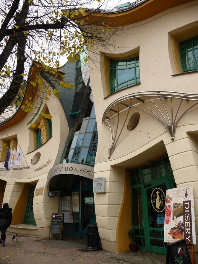 Mall-ul din Casa Stramba, in Polonia - Poza 5