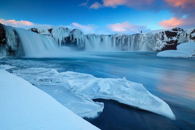 Fotografii incredibile cu Cascada Godafoss, Islanda - Poza 3