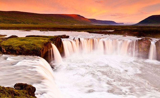 Fotografii incredibile cu Cascada Godafoss, Islanda - Poza 7