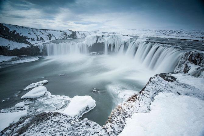 Fotografii incredibile cu Cascada Godafoss, Islanda - Poza 8