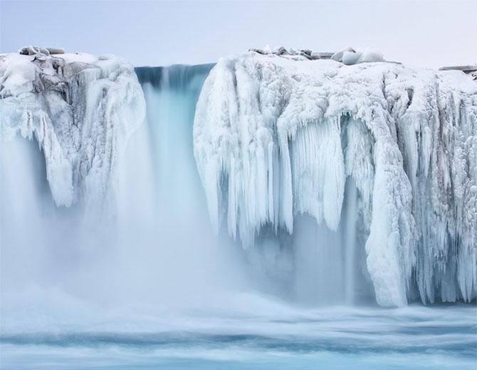 12 imagini incredibile cu cascade inghetate - Poza 4