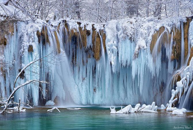 12 imagini incredibile cu cascade inghetate - Poza 5