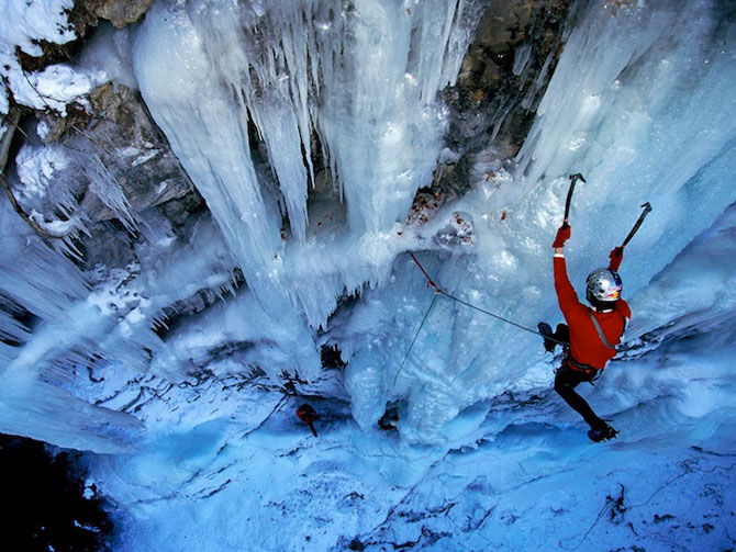 12 imagini incredibile cu cascade inghetate - Poza 9