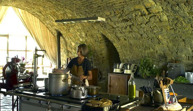 Luxul unui castel toscan 'in varsta' de noua secole - Poza 9