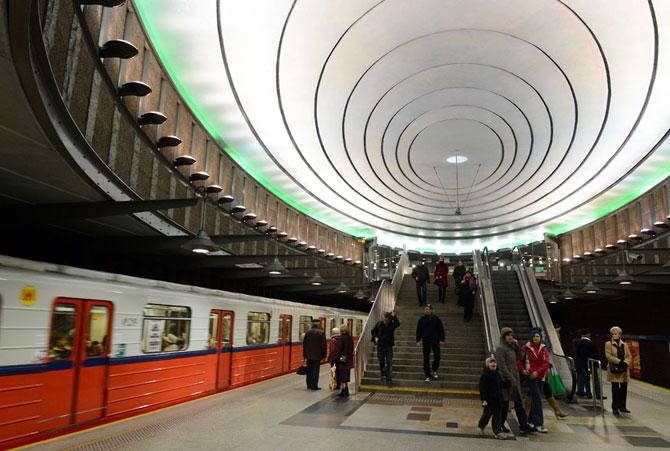 15 statii de metrou incredibile din intreaga lume - Poza 8