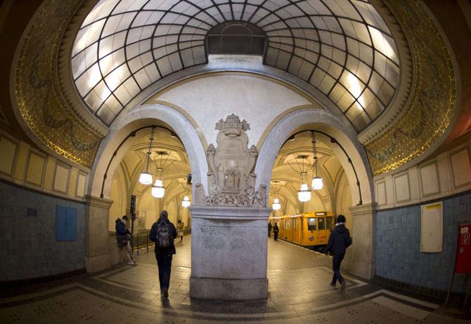 15 statii de metrou incredibile din intreaga lume - Poza 12