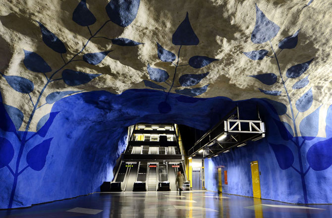 15 statii de metrou incredibile din intreaga lume - Poza 15