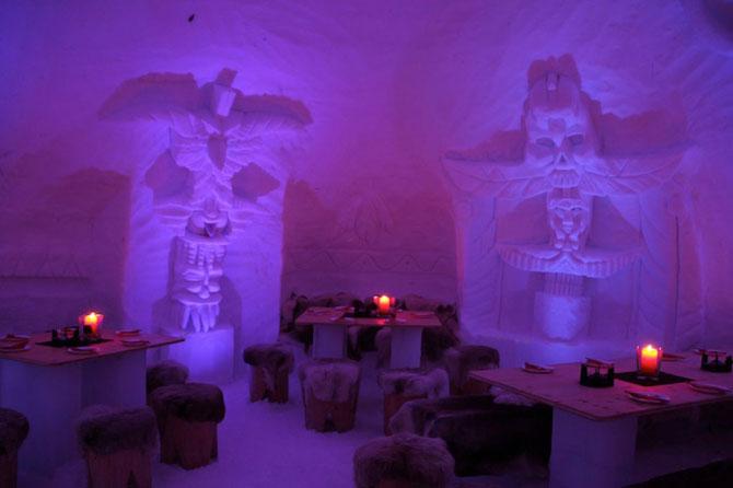 Hotelul de gheata cu chipuri sculptate in pereti - Poza 4