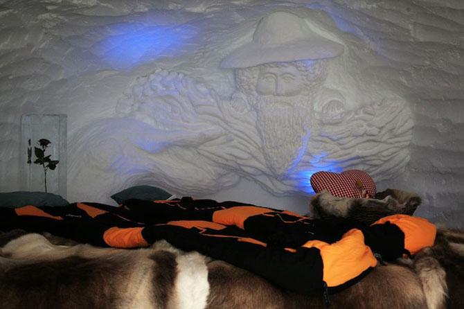 Hotelul de gheata cu chipuri sculptate in pereti - Poza 10