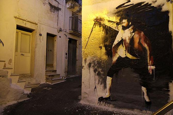Conor Harrington picteaza fresce contemporane pe peretii italienilor - Poza 4