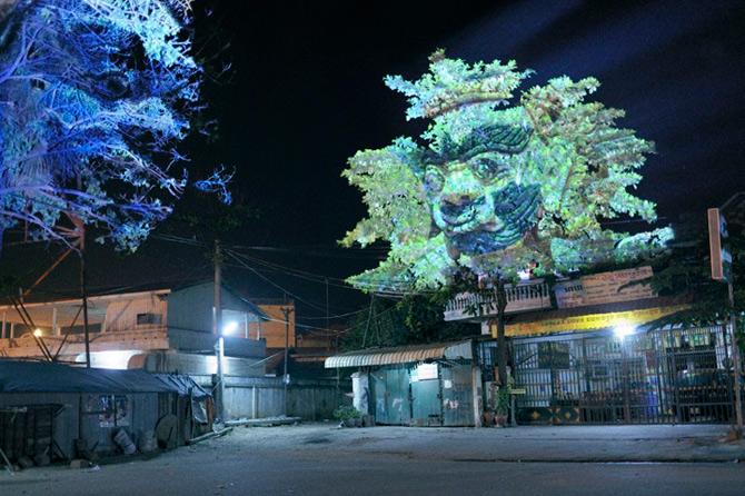 Spiritele copacilor - o instalatie cu lumina si zei - Poza 5