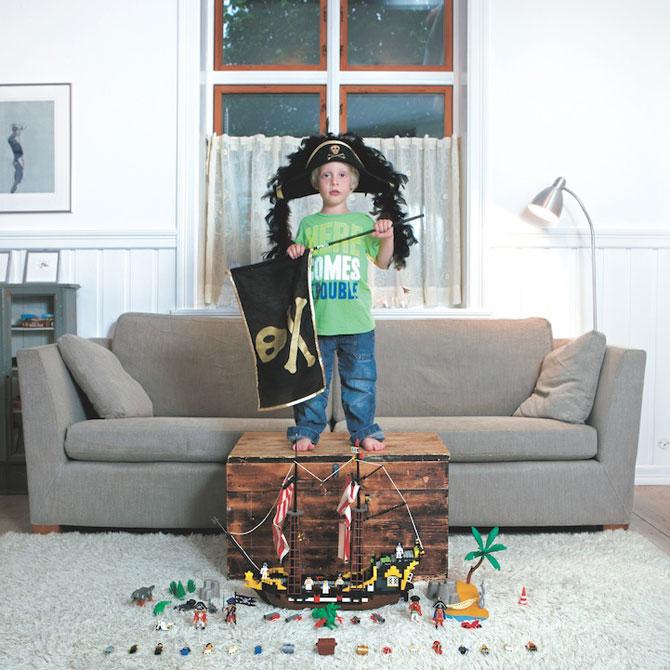Copiii din lumea intreaga si jucariile lor - Poza 2