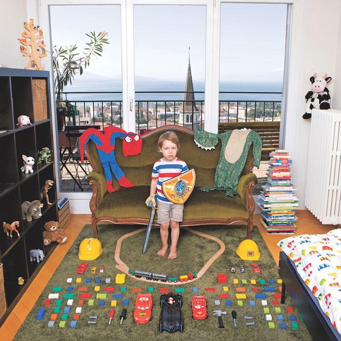Copiii din lumea intreaga si jucariile lor - Poza 3