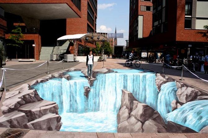 15 desene incredibil de reale pe asfalt - Poza 11