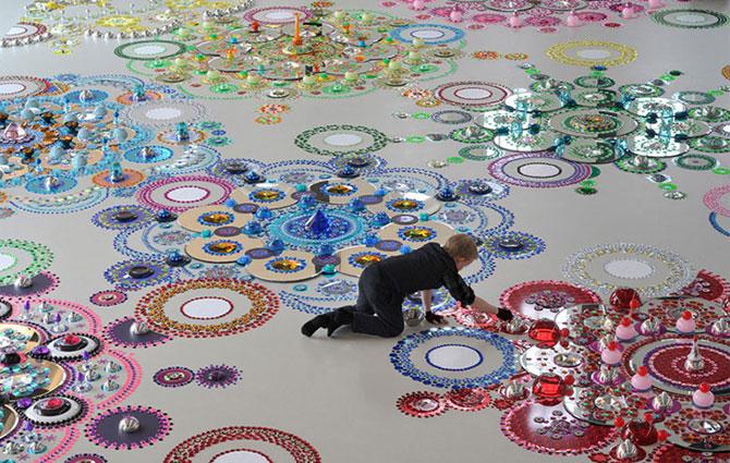 Modele multicolore, sclipitoare, de Suzan Drummen - Poza 1
