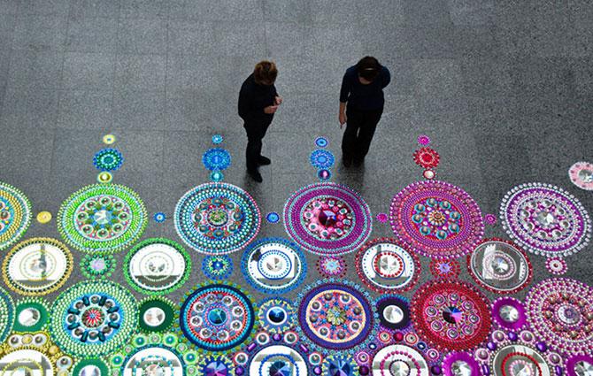 Modele multicolore, sclipitoare, de Suzan Drummen - Poza 5
