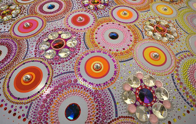 Modele multicolore, sclipitoare, de Suzan Drummen - Poza 7