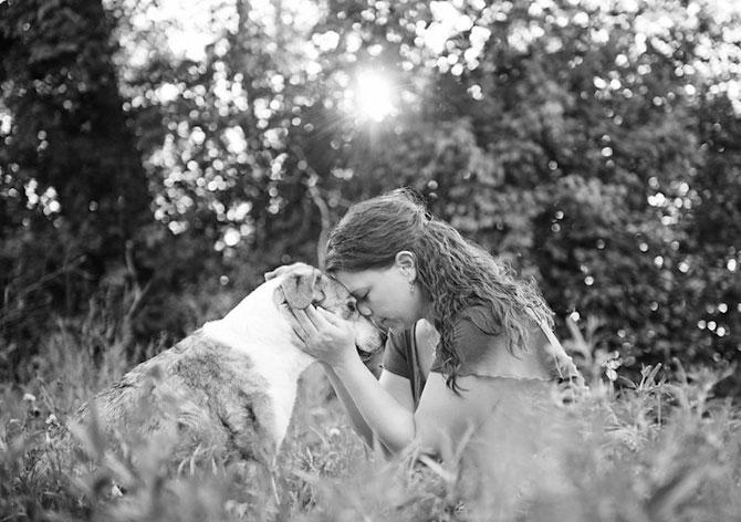 Emotionant: Stapanii isi iau la revedere de la cainii lor - Poza 1