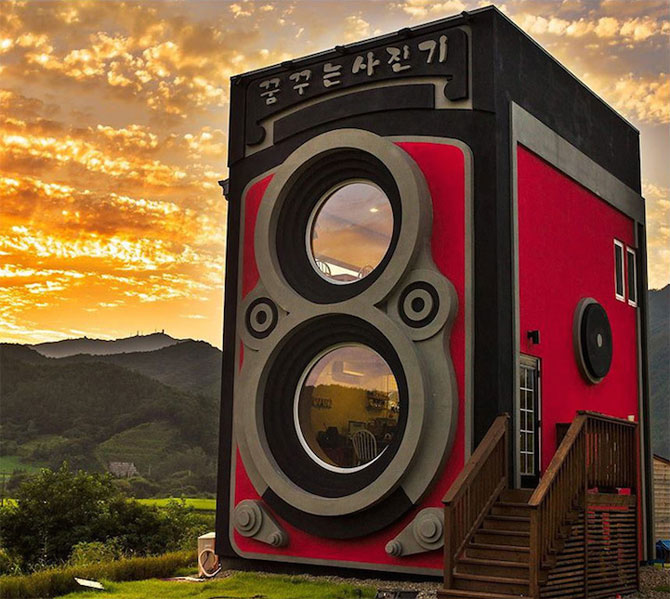 Cafeneaua in forma de aparat foto, din Coreea de Sud - Poza 1