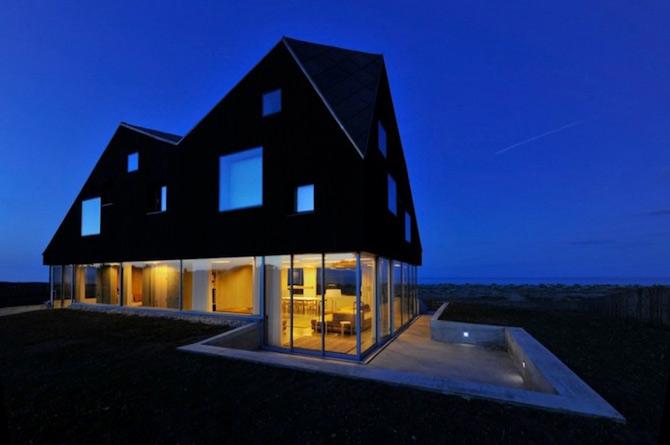 Casa care pluteste pe marile Angliei - Poza 13