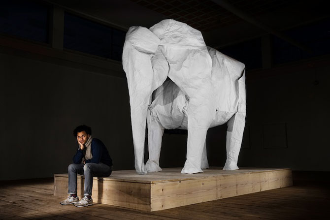 Elefant-origami, dintr-o singura coala de hartie - Poza 1