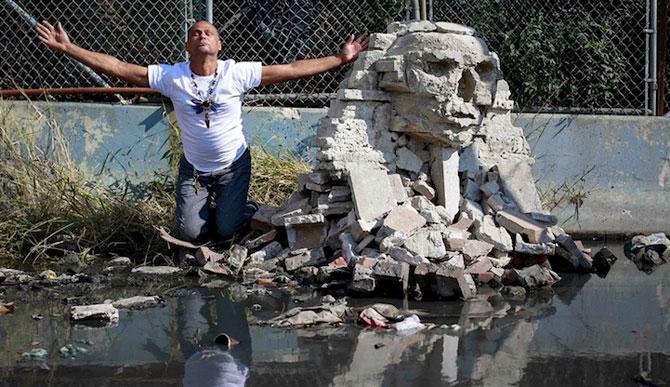 Fanii si arta lui Banksy interactioneaza pe strazile din New York - Poza 4