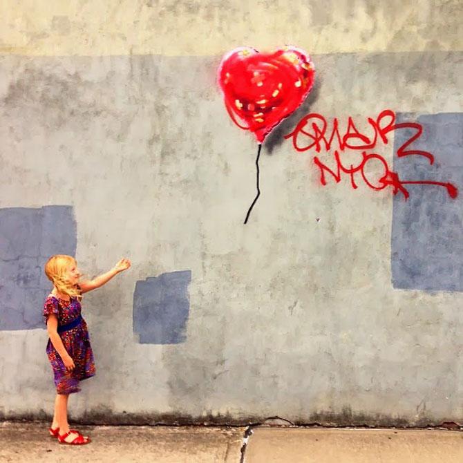 Fanii si arta lui Banksy interactioneaza pe strazile din New York - Poza 6