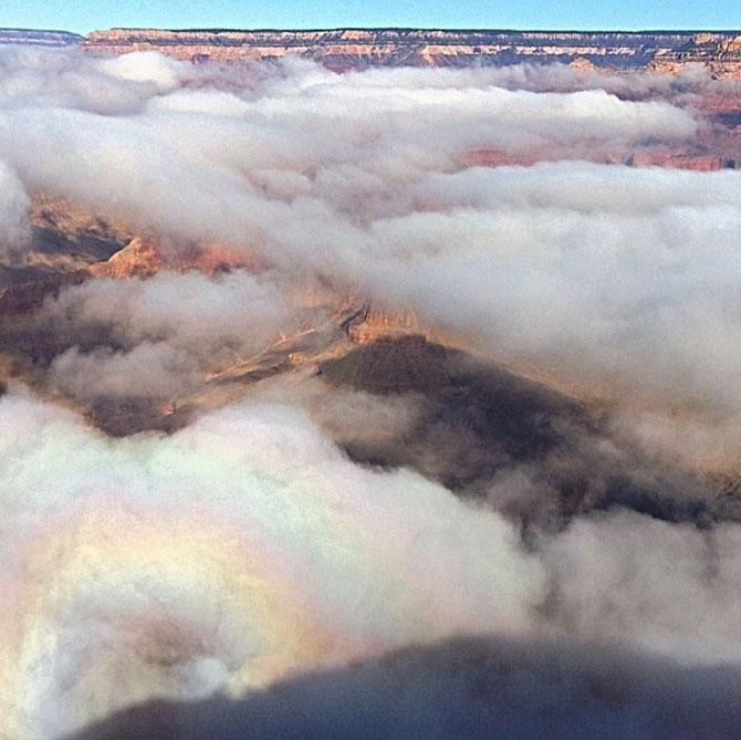 Marele Canion, umplut de un val de ceata - Poza 11