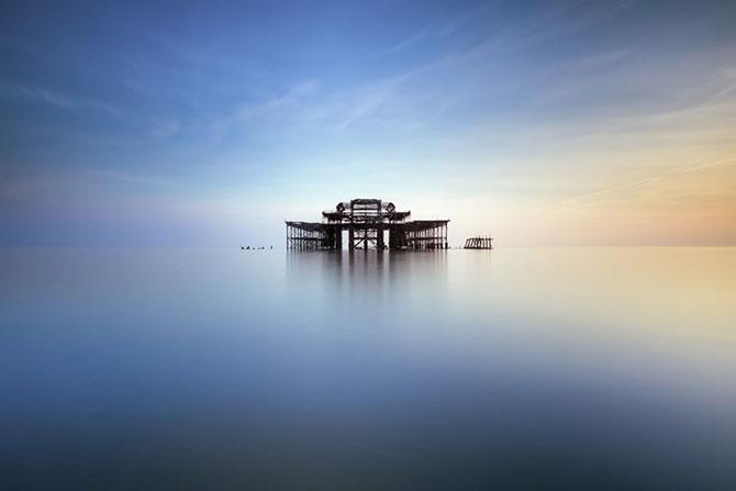 Decaderea pontonului vestic din Brighton, de Finn Hopson - Poza 2
