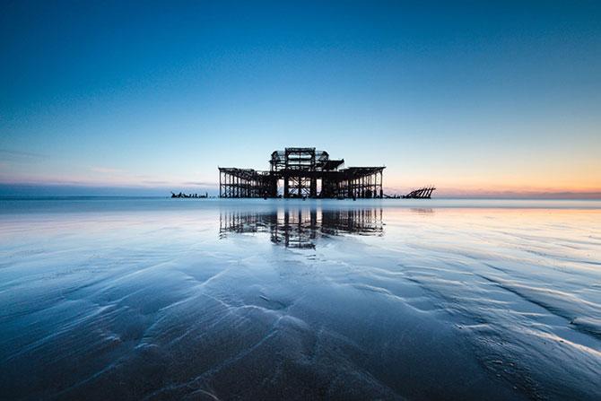 Decaderea pontonului vestic din Brighton, de Finn Hopson - Poza 5
