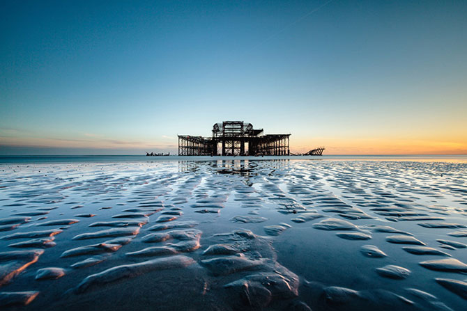 Decaderea pontonului vestic din Brighton, de Finn Hopson - Poza 8