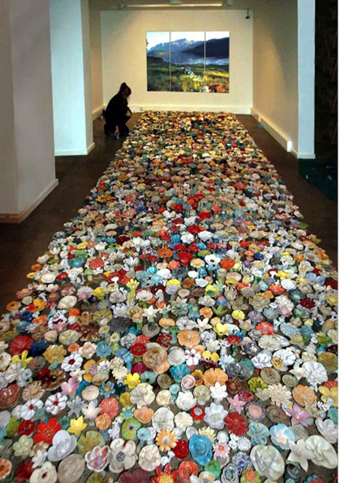 Covor de 4.000 de flori de ceramica, in Norvegia - Poza 7