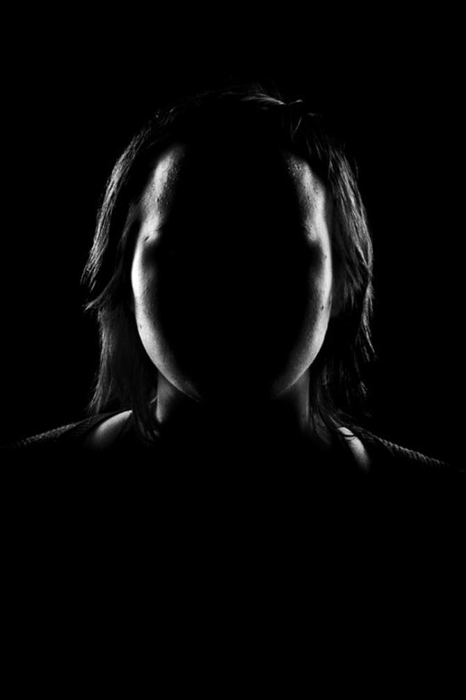Paradoxul portretelor fara chip de Quentin Arnaud - Poza 13