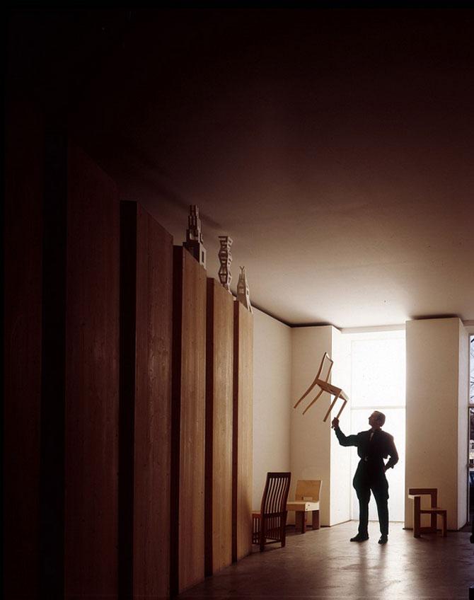 Strania, superba incoerenta a lui Aernout Overbeeke - Poza 5