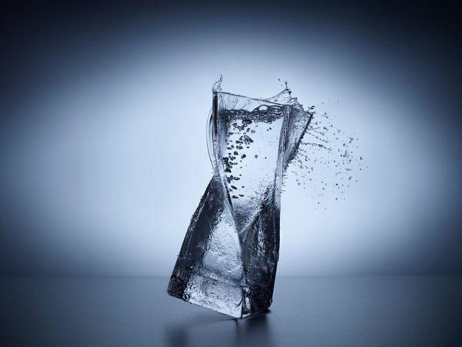 Sticla lichida, de Jean Berard - Poza 9