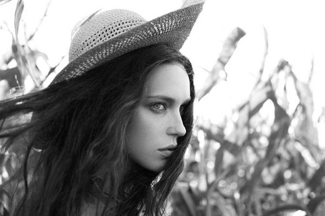 Frumuseti absurde, de Lena Erysheva - Poza 10