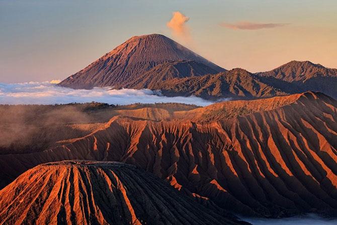 La muntele vrajit: vulcanul indonezian Bromo - Poza 3