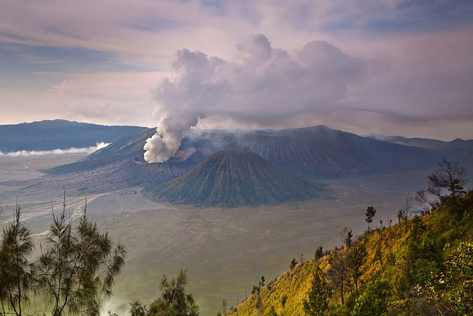 La muntele vrajit: vulcanul indonezian Bromo - Poza 8