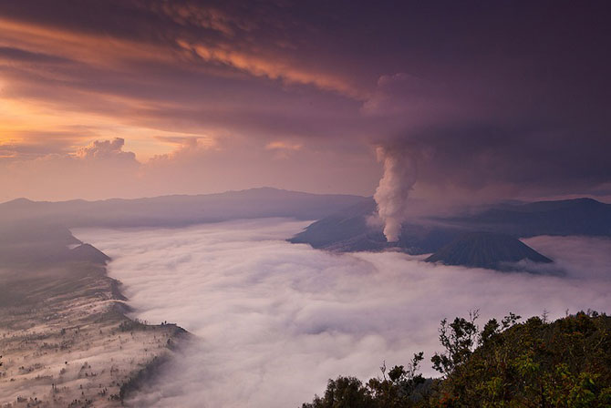 La muntele vrajit: vulcanul indonezian Bromo - Poza 9