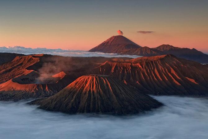 La muntele vrajit: vulcanul indonezian Bromo - Poza 10
