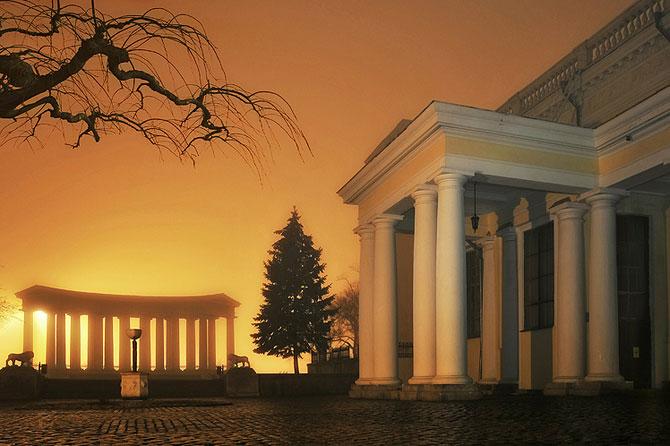 Luminile de iarna ale orasului Odessa - Poza 1