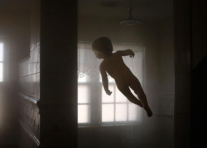Rachel Hulin: Mama bebelusului zburator - Poza 8